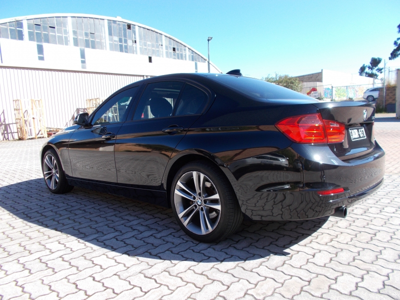 2013 BMW 3 Series F30 MY14 320i, Sedan 4dr Spts Auto 8sp 2.0T