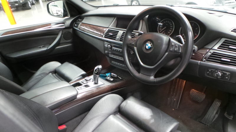 2013 BMW X5 E70 MY13 xDrive30d, Wagon 5dr Steptronic 8sp 4x4 3.0DT