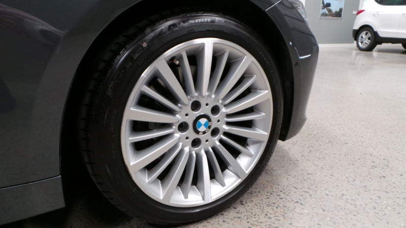 2015 BMW 3 Series F30 328i Luxury Line, Sedan 4dr Spts Auto 8sp 2.0T