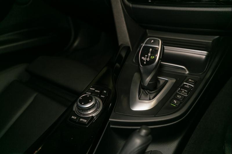 2016 BMW 3 Series F30 LCI 320i Sport Line, Sedan 4dr Spts Auto 8sp 2.0T