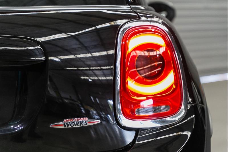 2015 MINI Hatch F56 John Cooper Works Hatchback 3dr Spts Auto 6sp 2.0T